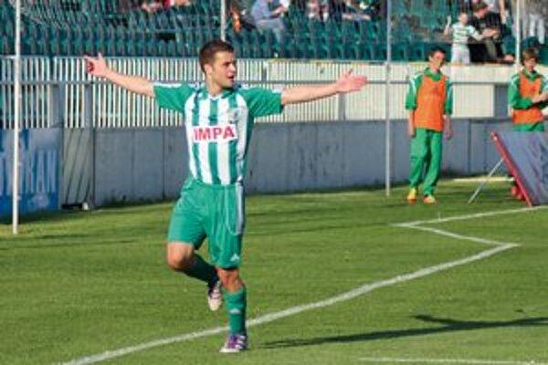 Peter Katona. Autor dvoch gólov v zápase a zároveň najlepší strelec zeleno-bielych.