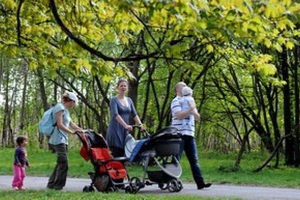 Na čiastočný úväzok u nás najčastejšie robia ženy a muži počas rodičovskej dovolenky alebo po jej skončení.
