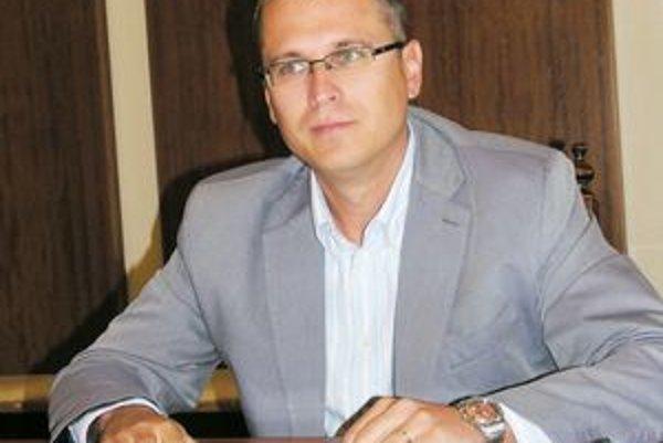 Prednosta Jozef Višňovský považuje závery NKÚ za nadnesené.