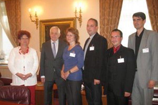 Rusíni rokovali s R. Chmelom. Hovorili o podpore rusínskych škôl.