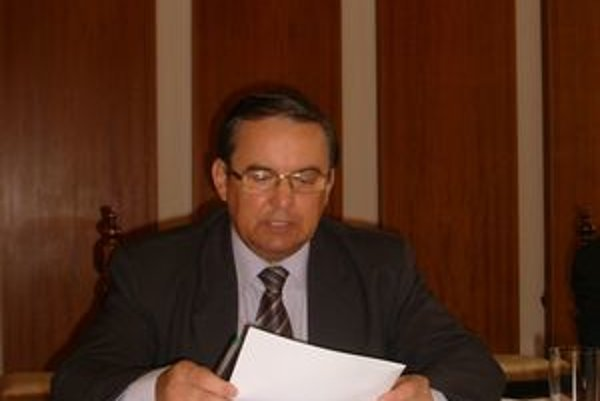 Stanislav Kahanec prehodnotil postoj a poskytol aj svoje.