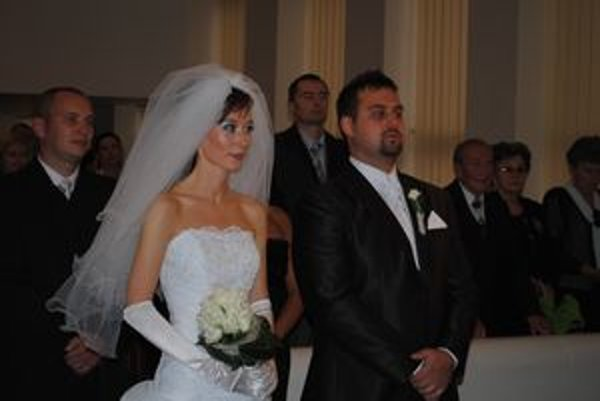 Veronika Gazdová a Marián Kmetóny. Vstúpili spolu do manželstva.