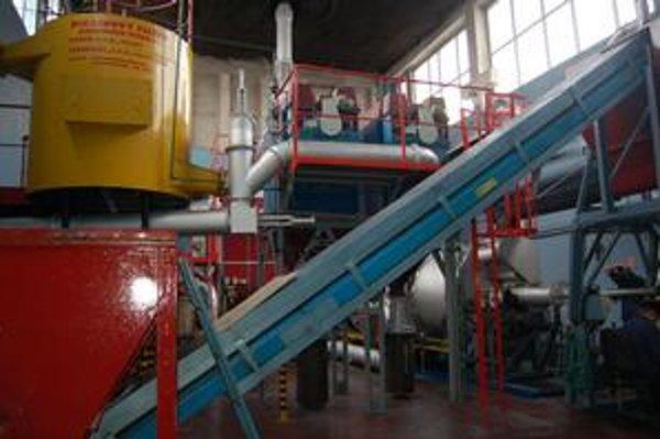 V útrobách podniku. Podľa konateľa nejde o spaľovňu, ale o moderné centrum na energetické zhodnocovanie odpadov.