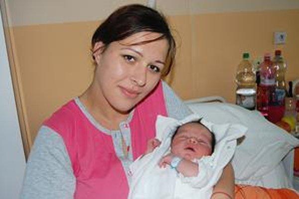Korzársky prírastok. Veronika so synčekom Filipkom.