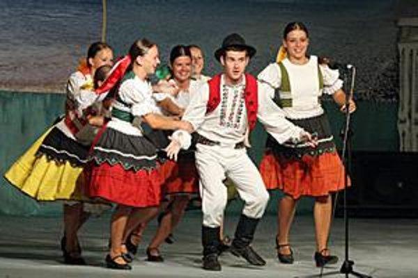 Rozmarija. Zabávali Grékov na medzinárodnom festivale.