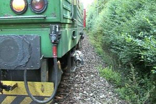 Miesto nešťastia. Chlapcov prekvapila rýchlosť vlaku na zlom mieste.