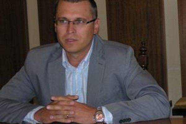 Jozef Višňovský. Prednosta mestského úradu a riaditeľ BK 99 Prešov.