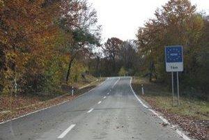 Do Poľska vedie od Nižnej Polianky vynovená cesta.