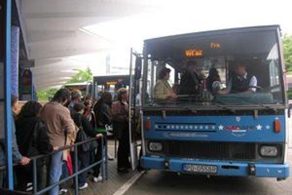 Obmedzia spoje najmä v dopravných uzloch na trase Prešov-Košice, Humenné a Poprad.