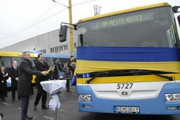 Nových autobusov treba stále menej po celej Európe.