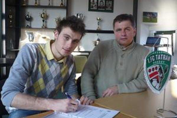 Brankárska jednotka. Jakub Diviš podpísal zmluvu škótskemu prvoligistovi.