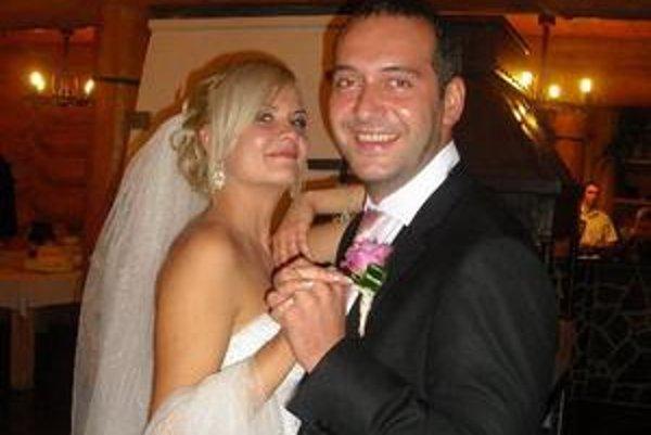 M. Mňahončák s manželkou Katkou. V manželstve je šťastný a spokojný.