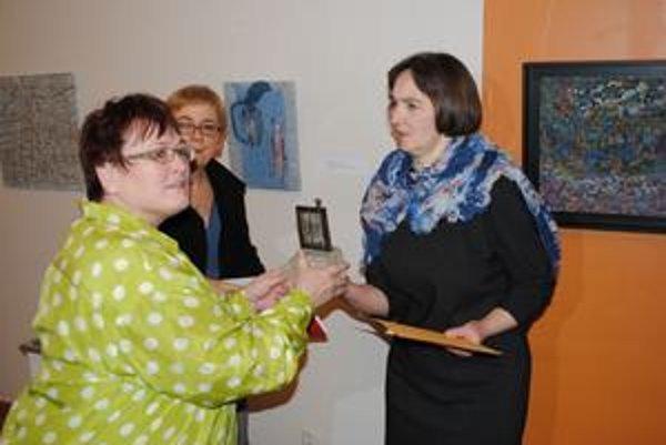 Halina Grešlíková. Prebrala dve ocenenia zo súťaže Z Krosna do Krosna.