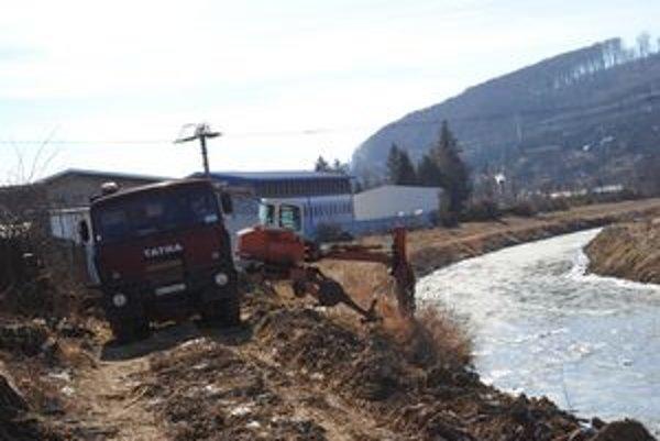 Prvú etapu protipovodňových opatrení na Toryse v Prešove chcú vodohospodári stihnúť do konca marca.
