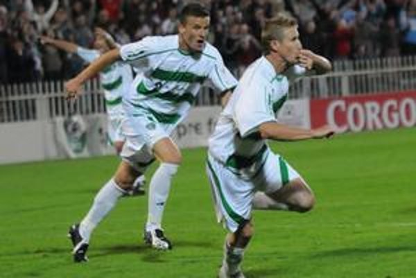 Aj M. Farbák sa dočkal gólovej radosti.