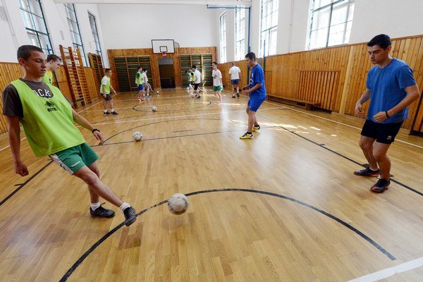 Športové triedy v Prievidzi zatiaľ fungujú.