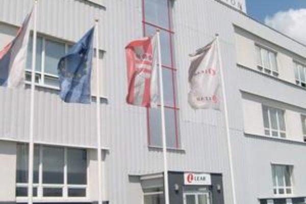 Lear v Prešove. V súčasnosti zamestnáva 600 ľudí.
