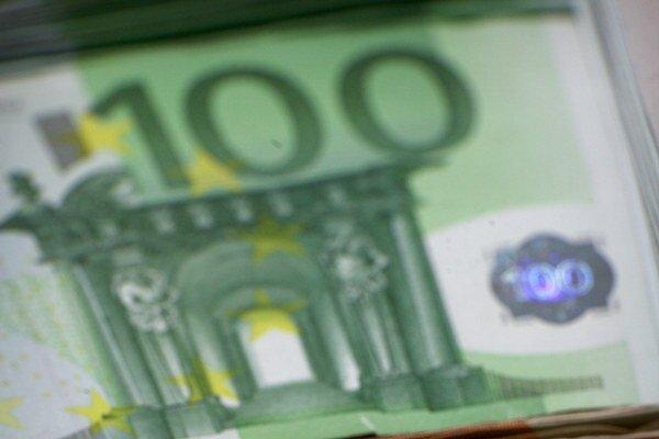 Vláda nemôže siahnuť na vyše 300 miliónov eur.