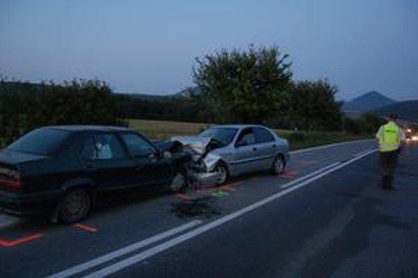 Čelná zrážka v Š. Michaľanoch. Vodičovi zistili alkohol.