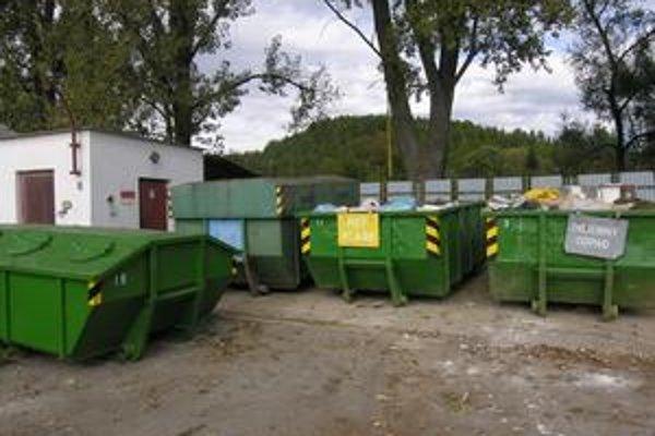 Technické služby. Na ich hlavnú činnosť, nakladanie s odpadmi, je vypísaná súťaž.
