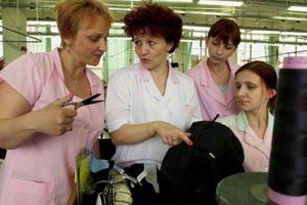 Vo svidníckej textilnej fabrike Svik príde o prácu ďalších 70 ľudí.