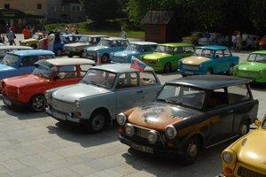 Na Matičnom námestí v Čadci sa opäť stretnú trabantisti.