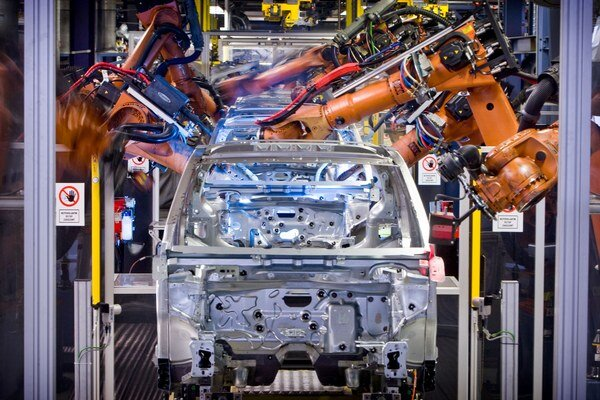 Výrobné priestory závodu Volkswagen Slovakia v Devínskej Novej Vsi.