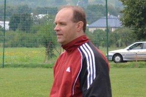 Tréner Borše Tibor Nagy. Mužstvu sa pod jeho vedením darí.