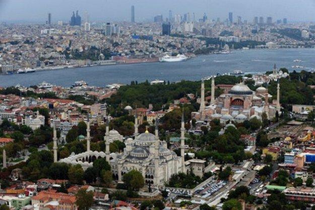 Istanbul, mesto na dvoch kontinentoch.