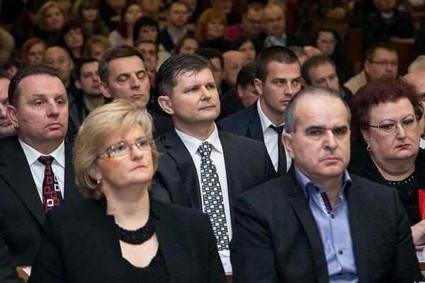 Trebišovskí poslanci, v strede exprimátor Marián Kolesár.
