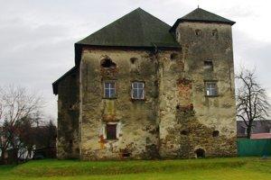 Ringov kaštieĺ v Pečovskej Novej Vsi zo 16. storočia.