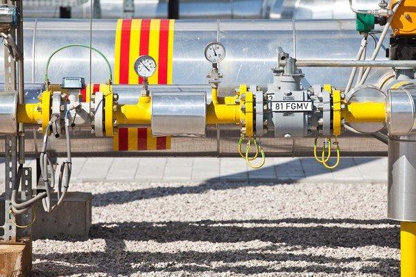 Plyn môže v rúrach prúdiť opačným smerom než obvykle.