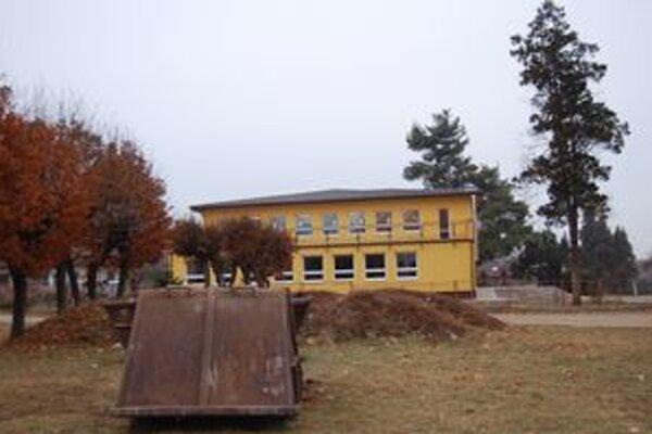 Materská škola. Pribudovali k nej kultúrno-spoločenskú miestnosť.