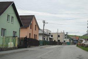 Lúčka. V obci žije 665 obyvateľov.