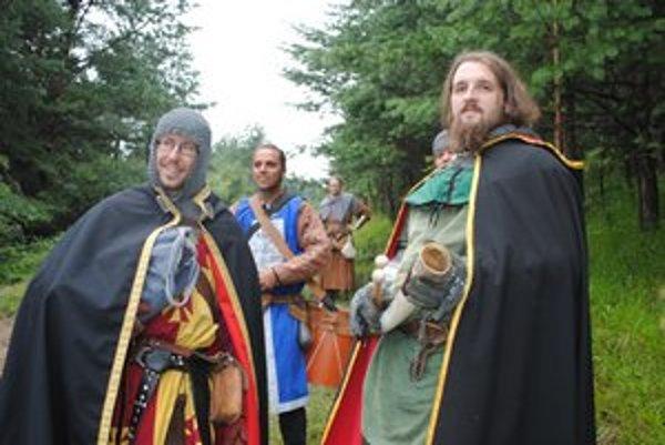 Šermiari. Na Hanigovskom hrade približovali prítomným dejiny.