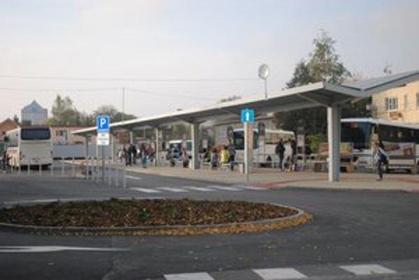 Autobusová stanica. Prešla veľkými zmenami.