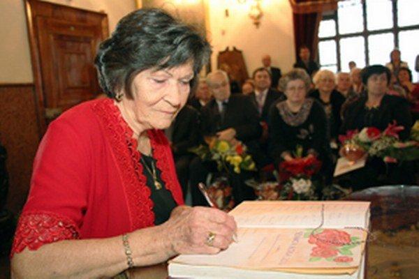 Hildegarda Radovská sa stala Seniorkou roka 2014 na Slovensku.