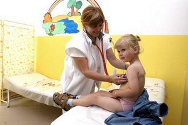 V kraji nemuseli pre akútne respiračné ochorenia prerušiť školskú dochádzku v žiadnej škole a školskom zariadení.