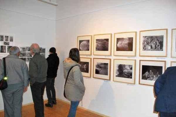 Jaskyniarska výstava. Výstava unikátnych fotografií v priestoroch Galéria Baníckeho múzea potrvá do 24. 4.  2015.