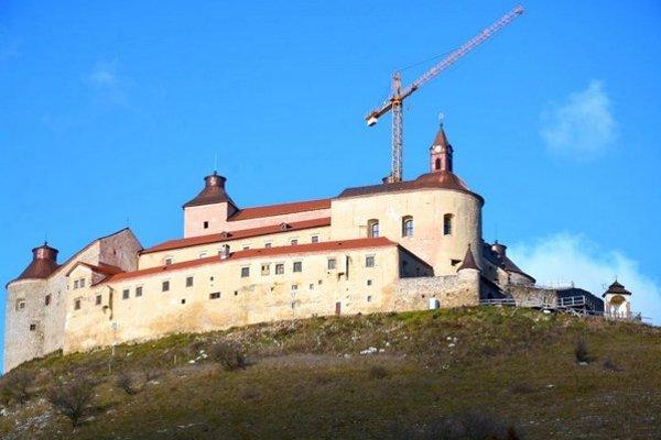 Hrad Krásna Hôrka. Dokončená je druhá etapa rekonštrukcie.