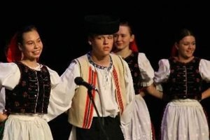 V programe vystúpi aj detský folklórny súbor Haviarik z Rožňavy.
