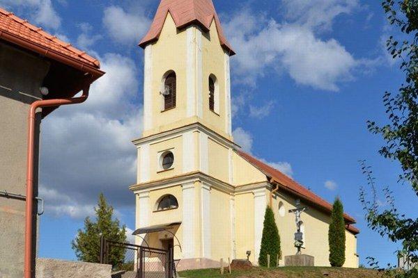 Kostol v Čoltove. Pri komplexnej obnove odhalili aj triumfálny oblúk.