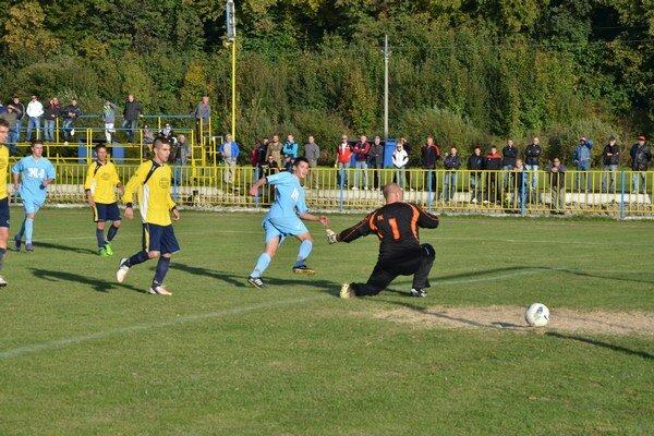 Svoj prvý gól v drese SP MFK Rožňava dal G. Jonás a upravil na konečných 4:0.