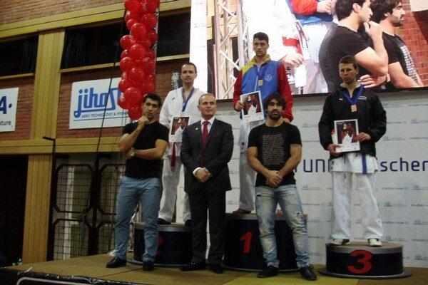 Na prestížnom turnaji v Českých Budejoviciach získal Peter Paulíny (vľavo) pekné druhé miesto.