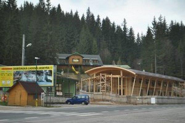 Infocentrum ešte pred dokončením.
