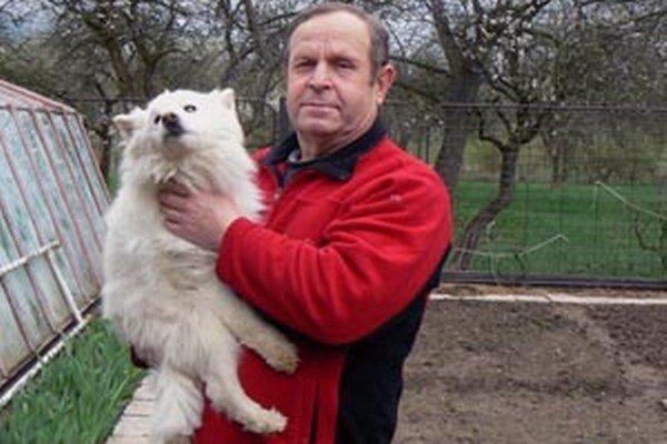 Daň za psa nemusia v Bojniciach platiť ľudia nad 62 rokov.