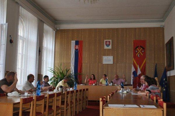 Mestské zastupiteľstvo v Dobšinej. Ostáva bez zmien s 11 poslancami.