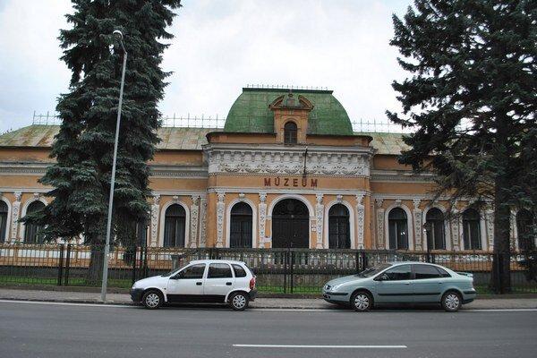 Budova Baníckeho múzea. V národnej kultúrnej pamiatka vznikne zážitkové centrum.