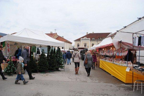 Vianočné trhy v Rožňave. Majú neopakovateľnú atmosféru.