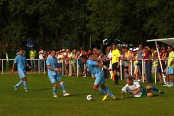 Otáznik. Nad budúcnosťou futbalu v Lipovníku visí otáznik.